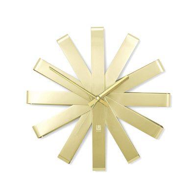 """UMBRA Часовник за стена """"RIBBON"""" - цвят месинг"""