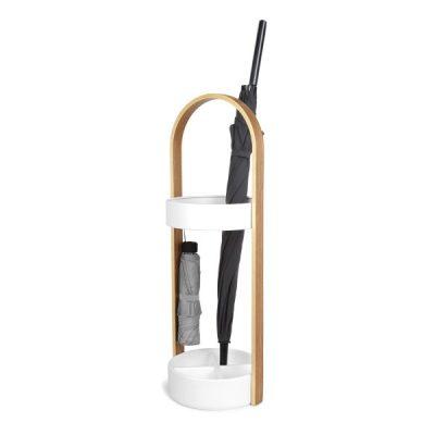 """UMBRA Поставка за чадъри """"HUB"""" - цвят бяло / натурално дърво"""